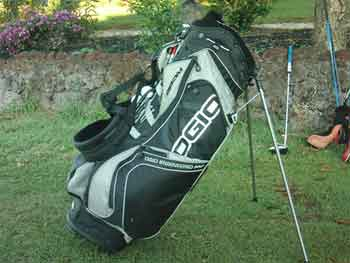 What is a golf bag