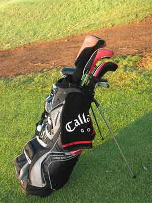 Why is it important to organize your golf bag